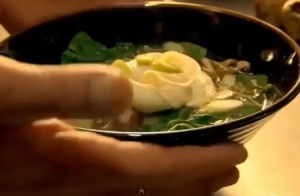 noodle soup with egg