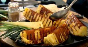 レシピ#90 パイナップルのカラメルソースがけ  Griddled pineapple with spiced caramel