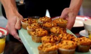 洋梨とグラノーラのマフィン~「究極の料理~朝食からディナーまで~ベジタリアン料理」から