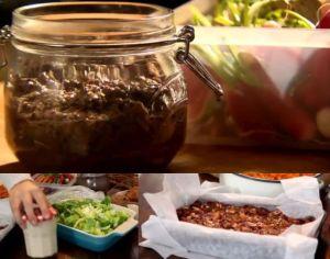 ディナー#15エビとキュウリのサラダ ヨーグルトドレッシングと、アンチョビーディップと、チョコマシュマロピーナッツのケーキanchovy dip, prawn and cucumber salad with spicy yoghurt dressing, and   chocolate marshmallow & peanut fridge cake
